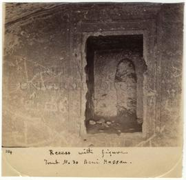 [114] Recess with figure. Tomb No 30 Beni Hassan.